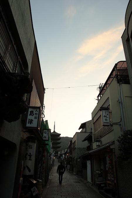 Yasakanotou1002021
